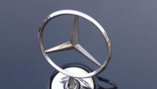 Най-накрая и Mercedes пуска хибрид