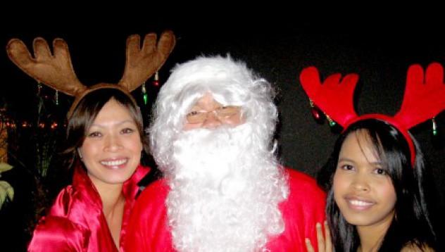 Дядо Коледа и неговите кошути