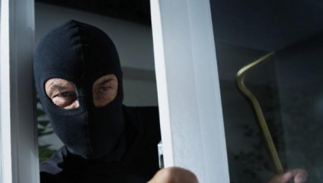 Крадец, навит на руло