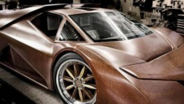 Дървена суперкола развива 380 км/ч
