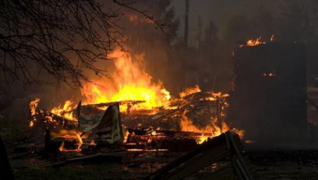 Забравен котлон запалва пожарна