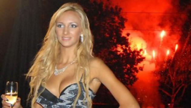 Мис България 2008 в календар 2009