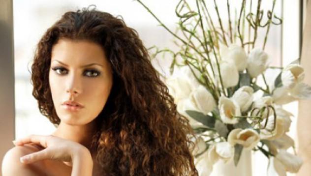 Българската Луси Лиу в Maxim