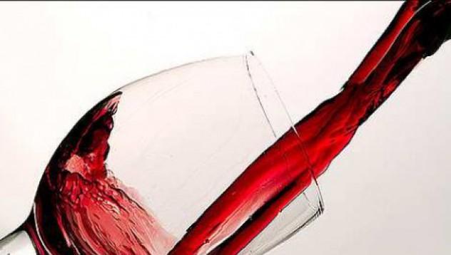 Чаша вино на ден удължава живота! Ура!