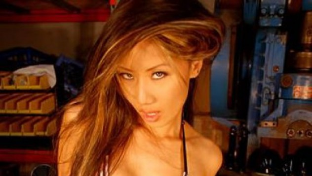 Най-красивите азиатки, украсявали Playboy