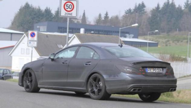 Новият Mercedes CLS AMG тренира на Нюрбургринг