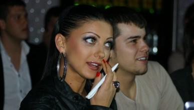 Емануела и Роси Иванова избраха полуфиналистите в Мис и Мистър УНСС 2010