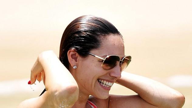 Искаме с Кели на плажа!