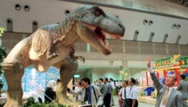 По-големи динозаври