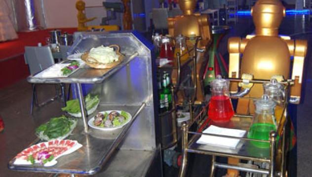 Сервитьорки - роботи