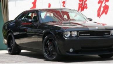 Dodge Challenger от Platinum Motorsport