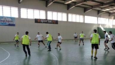 Завърши груповата фаза на Футболен турнир 2011 на УНСС