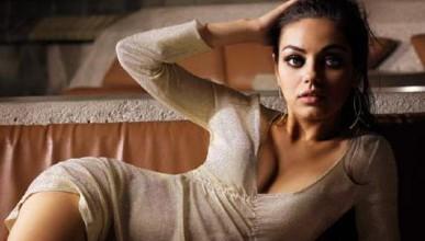 Топ 100 най-красиви жени на FHM