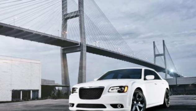 Новият Chrysler 300 SRT8