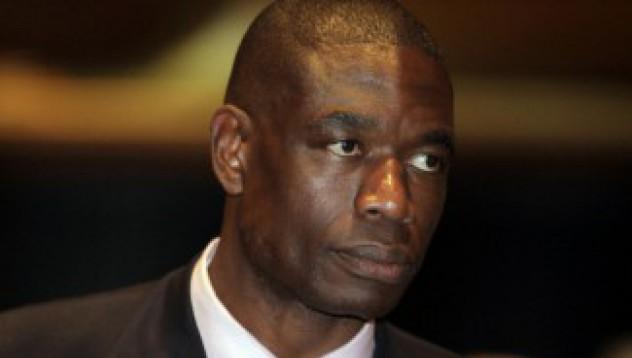 Дикембе Мутомбо участвал в измама