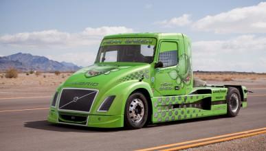 Най-бързият камион в света Volvo Mean Green
