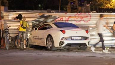 Млад шофьор счупи Ferrari