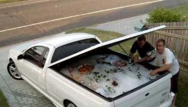 Човек откри колата си