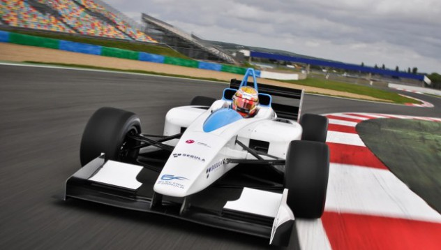 McLaren с електрически двигател