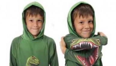 Суичър с динозавър