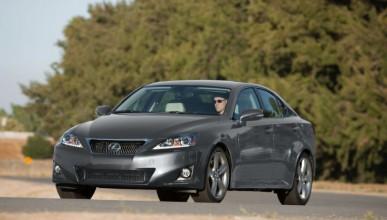 Lexus връщат 270 000 автомобила