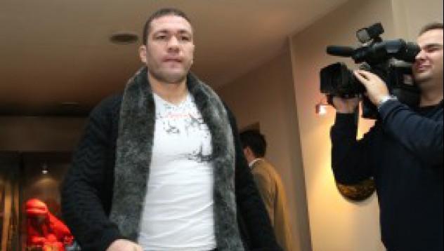 Кобрата ще се срещне с Кличко