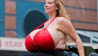 Жените с най-голям силиконов бюст