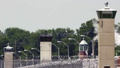 Сексуален хищник избяга от затвор в Германия