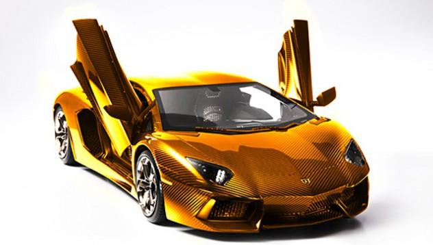 Златно излезе това Lamborghini, бе!
