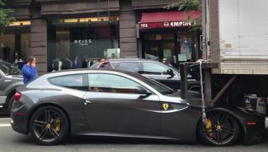 Ferrari не се обича с камиони