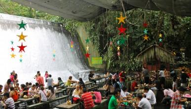 Ресторант до водопад