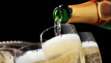 Вендинг машина за шампанско