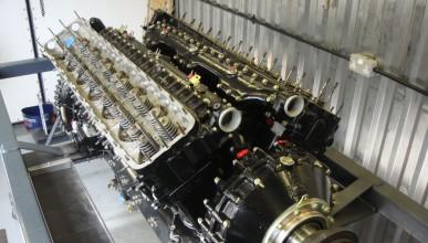 Двигател от самолет в кола