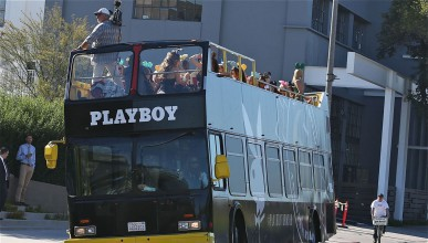 Автобусът на Playboy