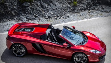 McLaren 12C разпалва страстите