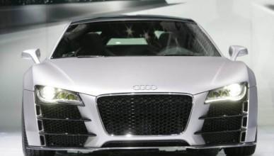 Човек закупи мечтаната кола с клипове от YouTube