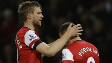 Подолски слага Арсенал на 4-то място