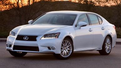 Lexus няма да строи заводи в Китай