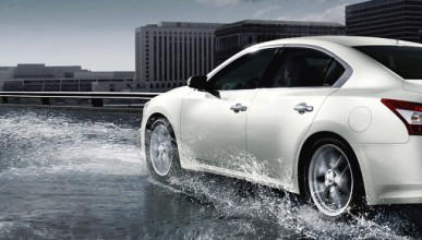 Nissan се подготвя за открита битка с VW