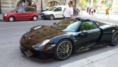 Ибрахимович си купи Porsche 918 Spyder