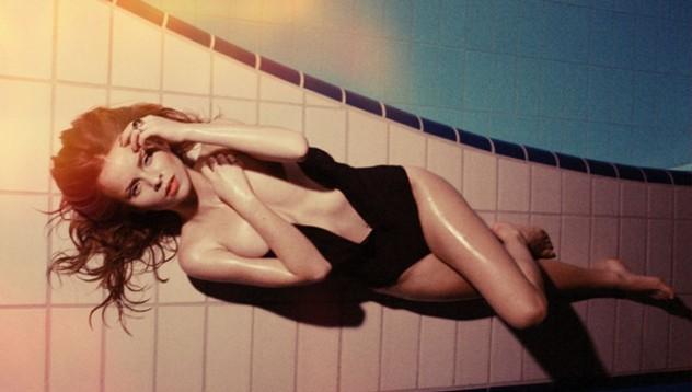 Лана Принс е една от най-добрите еротични фотографки (18+)