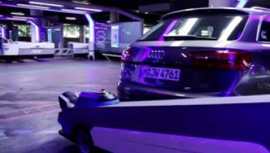 Робот паркира колите на летището в Дюселдорф