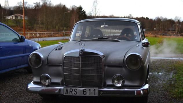 Mercedes-Benz 190 ще засрами всеки уличен състезател