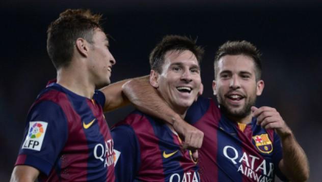 Барселона стартира добре
