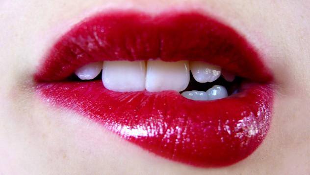 Предизвикателството на женските устни