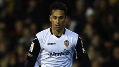 Тотнъм иска нападател от Валенсия