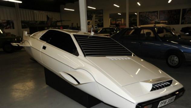 Lotus Espirit за 1 милион долара