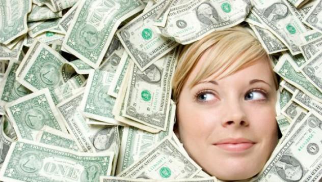 Приятелка на милиардер: Не се живее с 16 000 седмично