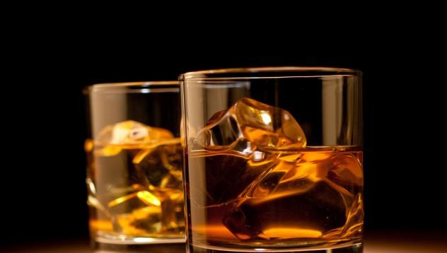 Изкуството да пиеш сам у дома