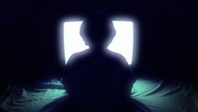 12-годишна се самоуби, защото е хваната с порно